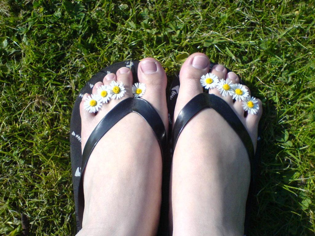 toe gripping